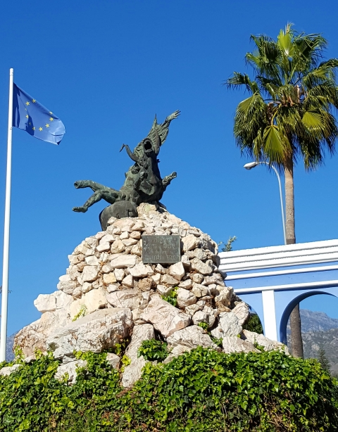 The Chronicles of Nerja: 26. North and South