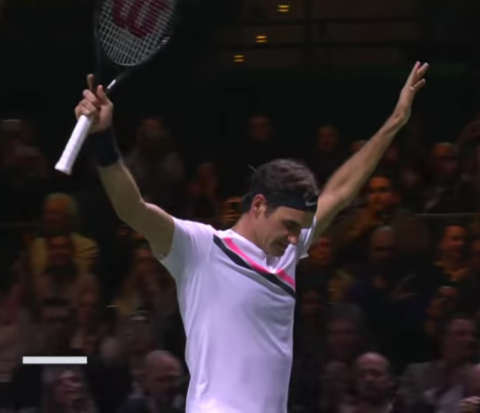 Roger Federer at world no1 once again.