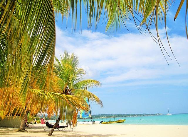 Part ONE Jamaica Dangerous? I share My Day in Jamaica and tell you all about it!