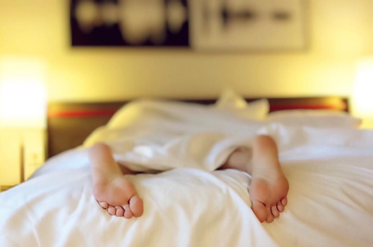 How to improve sleep quality naturally?